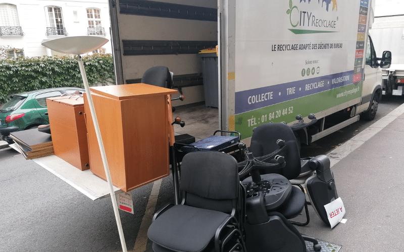recyclage déchets de bureau
